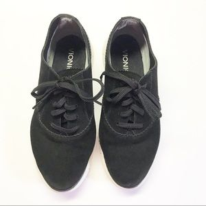 Vionic Taylor Black Suede Comfort Lace Up Sneakers